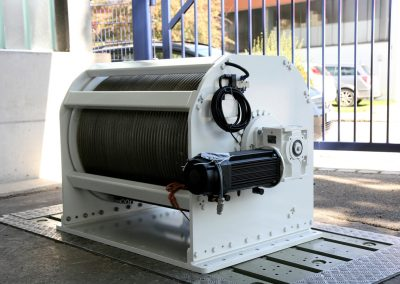 Extruder Abzugseilwinde  MHB-HPC Grizzly 180 kN
